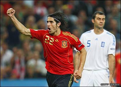 Spain's Ruben de la Red celebrates his goal