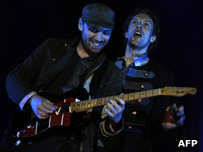 Jonny Buckland and Chris Martin from Coldplay