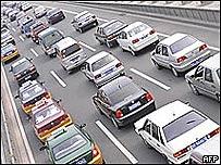 Congestión de tráfico en autopista china, AFP