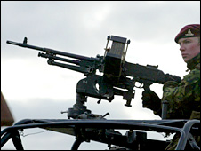 A soldier with a machine gun during a training exercise