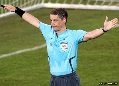 Referee Lubo Michel