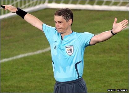 Referee Lubo Michel
