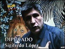 Sigifredo Lopez as seen in the Farc video