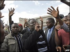 Morgan Tsvangirai meeting supporters in Harare on 21 June.