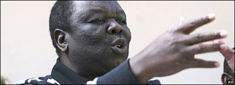 Morgan Tsvangirai announces he will not take part in a presidential run-off, 22/06/08