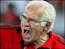 Spain coach Luis Aragones