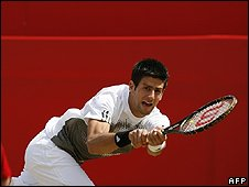 Novak Djokovic plays at Queen's