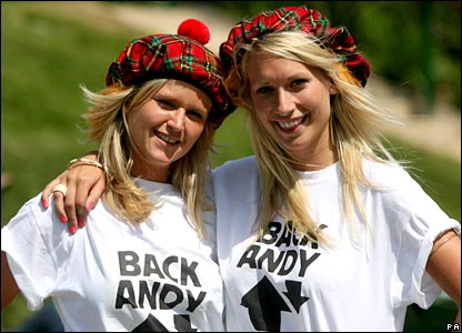 Two Andy Murray supporters