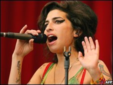 Amy Winehouse at Glastonbury 2007