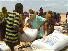 UN World Food Programme aid distribution at El Barde