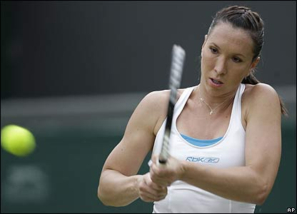 Second seed Jelena Jankovic powers past Ukraine's Olga Savchuk