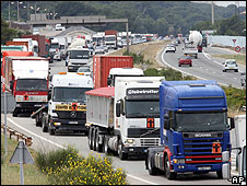 French lorry drivers' protest, 16 Jun 08