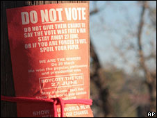 "A ""Do Not Vote"" poster in Bulawayo"