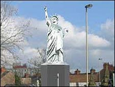 Impression of how the Liberty statue would look on a plinth on the Swan Gyratory roundabout