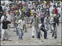 متظاهرون في كشمير