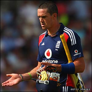 Kevin Pietersen is dismissed
