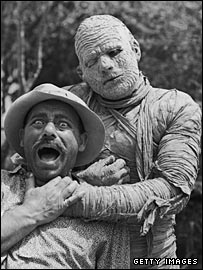 "Lon Chaney as ""The Mummy"""