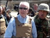 John McCain en Irak