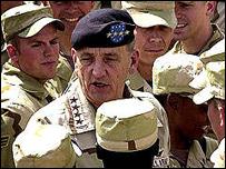 الجنرال السابق تومي فرانكس