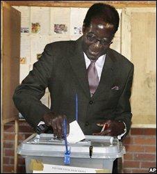 Robert Mugabe votes