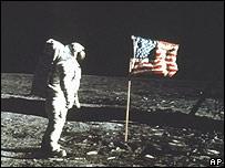 Aldrin camina en la Luna en la misión Apollo (1969)