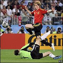 Fernando Torres anota el gol de la victoria