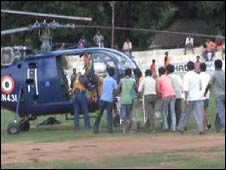 Security personnel being airlifted to hospital, Orissa, 30 june 008