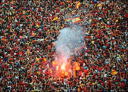 Spanish crowds love to light flares and fans of the national team are no exception as they party in enormous numbers