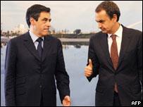 El presidente del gobierno español, José Luis Rodríguez Zapatero, con el primer ministro francés, François Fillon