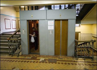 Лифты. Фото: Алексей Юшенков