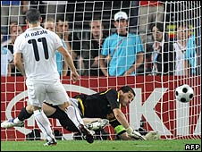 Antonio Di Natale has his penalty saved