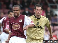 Alex Dyer (l) and Paul McLaren (r)