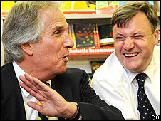 Henry Winkler has a laugh with Schools Secretary Ed Balls
