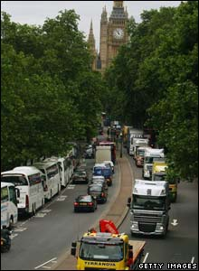 Lorries protesting over fuel close to the Houses of Parliament