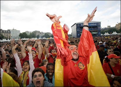 """The wings of victory"" - Spain 2-1 Sweden"