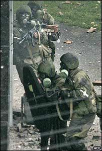 Fuerzas especiales rusas durante operaci�n en Nalchik, en 2005.