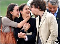 Ingrid Betancourt y sus hijos Melanie y Lorenzo
