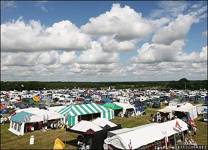 The campsite at Silverstone fills up