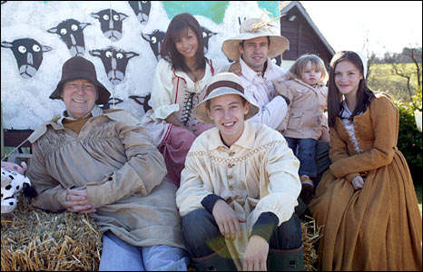Clive Hornby and co-stars in 2007