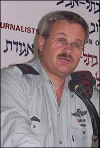 Israel Ziv, presidente de Global CST, cuando estaba en servicio. Foto archivo