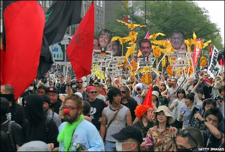Anti-G8 activists stage a protest in Sapporo, Japan (05/07/2008)