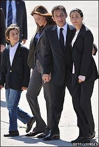 Nicolas Sarkozy, Carla Bruni e Ingrid Betancourt, Getty Images