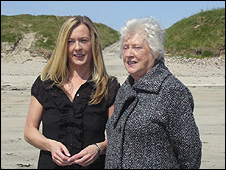 Paula MacKinnon and her mother, Catherine