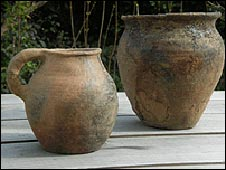 Roman urns unearther at Tregony