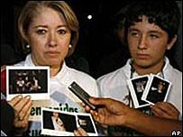 Claudia Rugeles y su hijo Alan