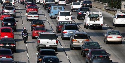 السيارات من العوامل الملوثة للبيئة