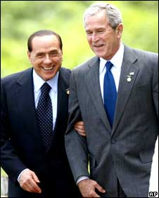 Mr Bush and Mr Berlusconi at the G8 summit in Japan on 8 July 2008