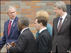 US President George W Bush, South Africa's Thabo Mbeki, Russian President Dmitry Medvede, Germany's Angela Merkel, and Canada's Stephen Harper at G8 meeting in Japan, 9 July