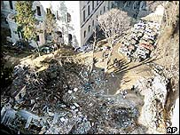 هجوم تعرضت لها القنصيلة البريطانية عام 2003