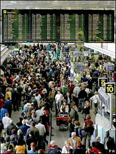 Passengers at Dublin Airport in Ireland. Photo: 9 July 2008